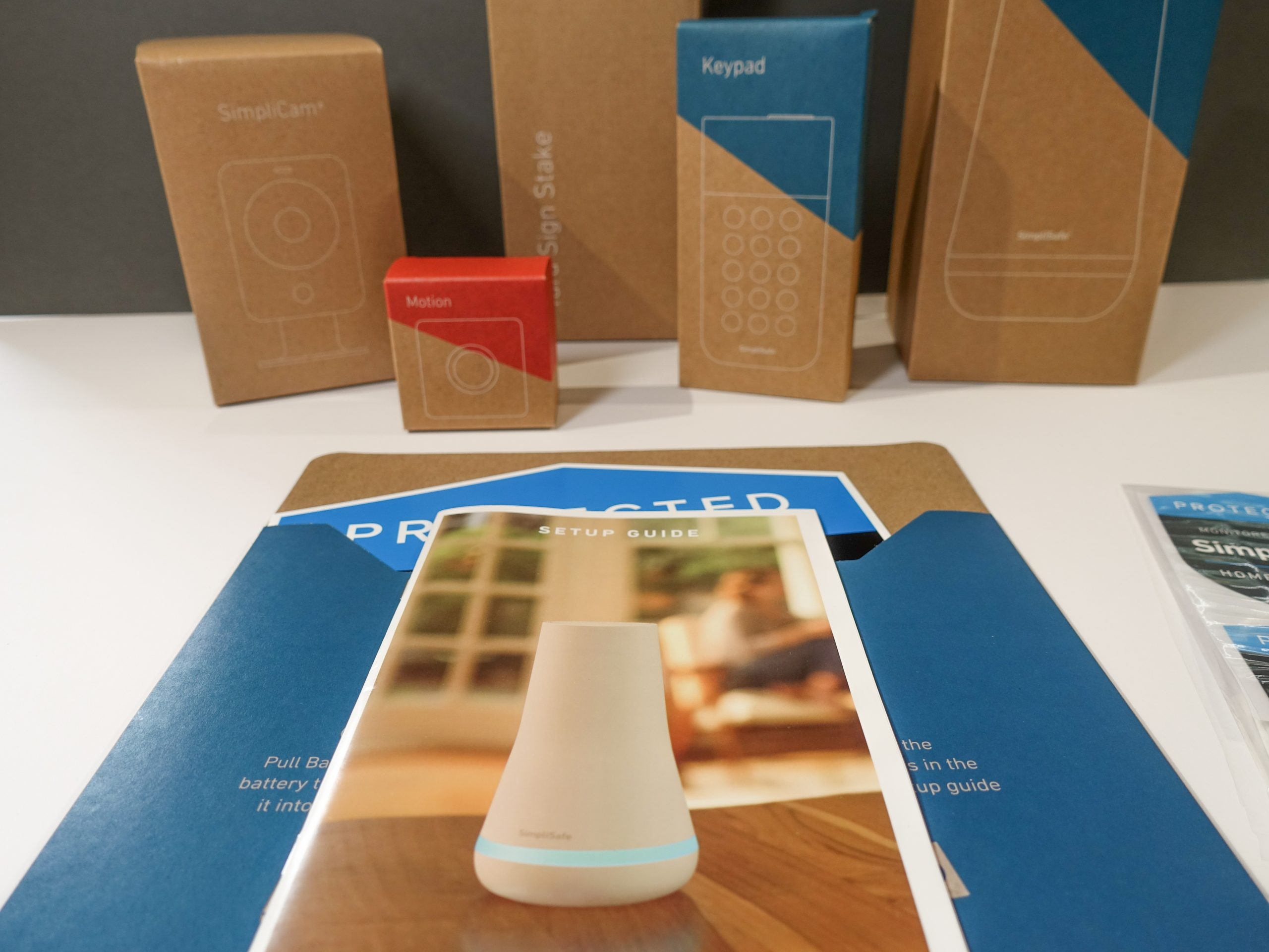 What's in the box 3 (SimpliSafe Kit)